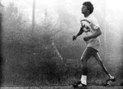 Terry Fox during his Marathon of Hope, 1980. Gail Harvey photo/Terry Fox Foundation